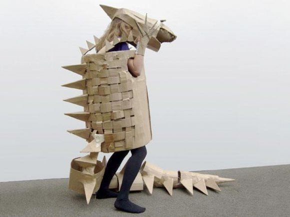 Who knew you could turn a cardboard box into a cool dinosaur costume? Cute and Eco-friendly, what can be better than that.