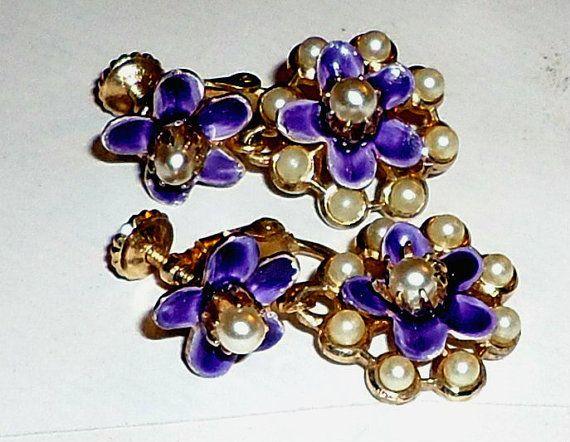 Vintage Screw Back Earrings Purple Enamel by Orangebirdofparadise