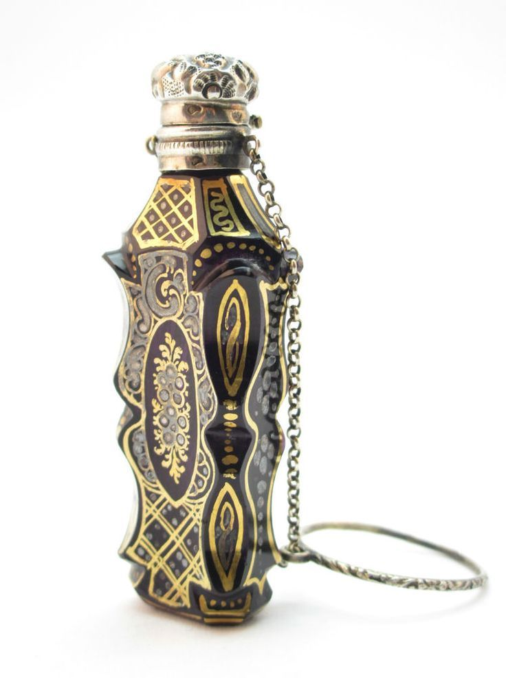 images of decorating with antiques perfume bottles | 17 Best images about Perfume Bottles -- French on Pinterest | Opaline, Perfume and Enamels