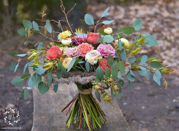 ARTEMI - floralart, art, floral design, bukiet ślubny, dekoracje ślubne, dekoracje sal weselnych, dekoracje kościoła, pracownia florystyczna.