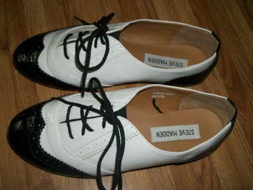 Steve madden melin womens size 6 1 2 m white black oxfords shoes