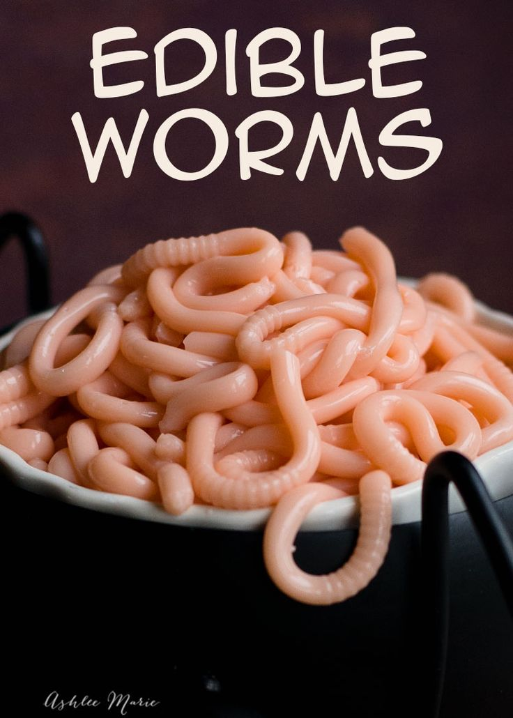 a recipe and video tutorial for making your own edible worms - perfect for a halloween party