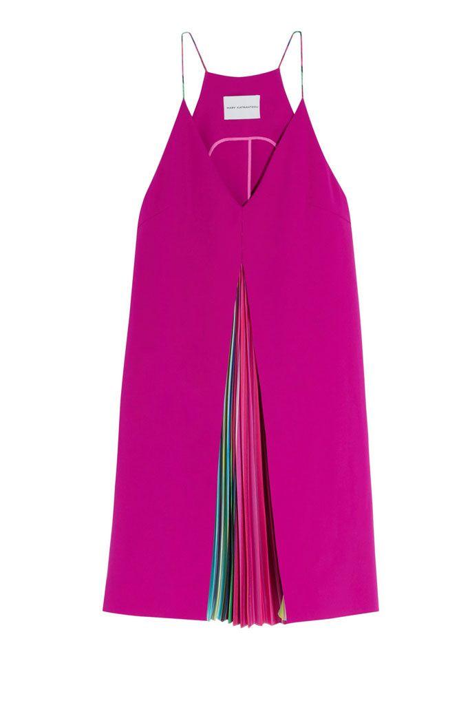 Vestido fucsia con plisados   Galería de fotos 24 de 31   GLAMOUR
