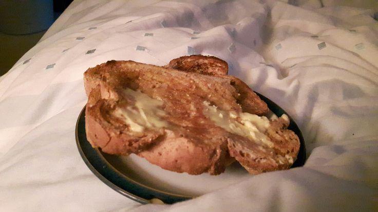 3rd Jan- breakfast in bed 😊