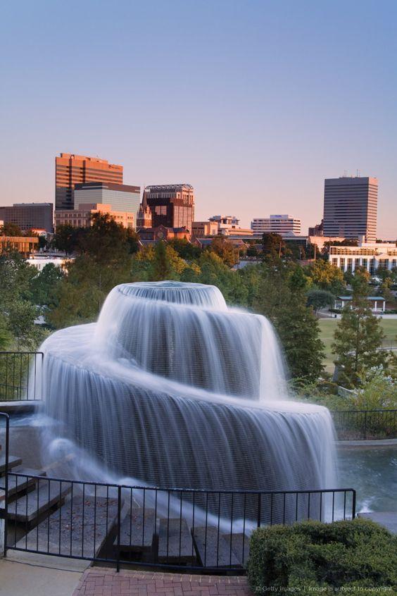 Finlay Park Fountain, Columbia, South Carolina. Waterfall fountain ...