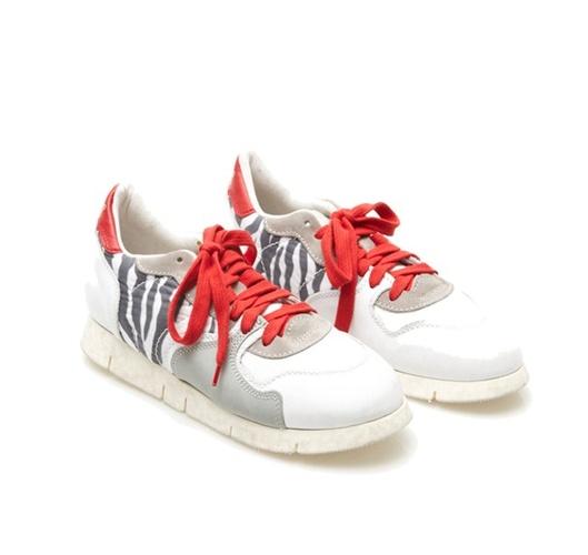 Soyafish sneakers