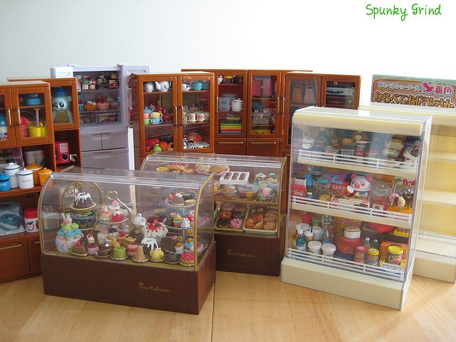 Re-Ment Collection Cabinets