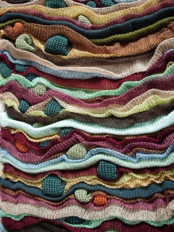 Specialise in knit, creating fabrics that have been designed for womenswear and also with interior fabrics in mind.