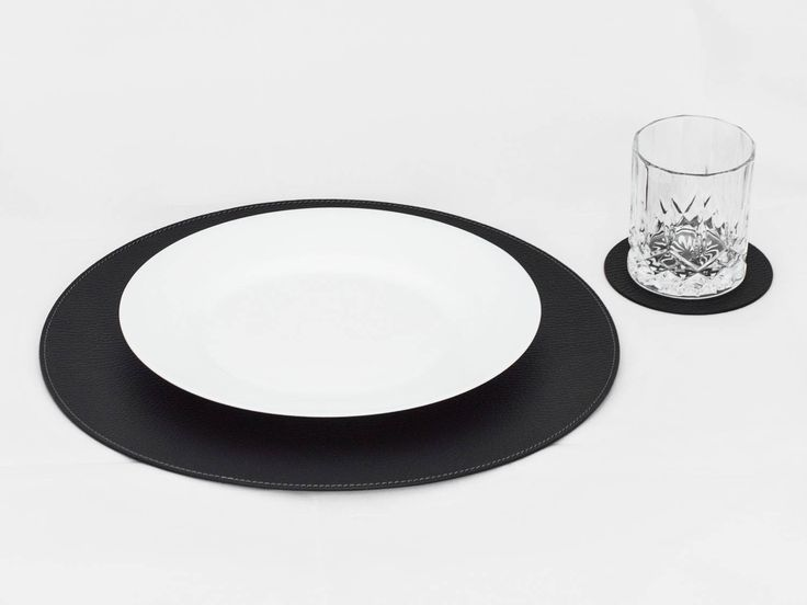 Nice Black Round Placemats / Placemats For Round Tables / Place Mats And  Coatsters / Table Mats / Dining Table / 11u0027u0027 (28 Cm) Or 12.99u0027u0027 (33 Cm)