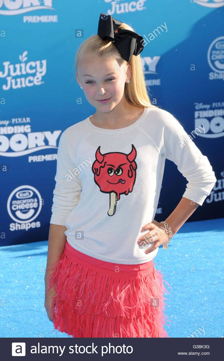 Download this stock image: Hollywood, CA, USA. 8th June, 2016. 08 June 2016 - Hollywood. Jojo Siwa. Arrivals for the World Premiere Of Disney-Pixar's ''Finding Dory'' held at the El Capitan Theater. Photo Credit: Birdie Thompson/AdMedia © Birdie Thompson/AdMedia/ZUMA Wire/Alamy Live News - G38K3G from Alamy's library of millions of high resolution stock photos, illustrations and vectors.