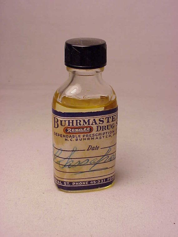 1 90's sassafras oil I found this really awesome Etsy listing at https://www.etsy.com/listing/219494472/c1940s-oil-sassafras-buhrmasters-rexall