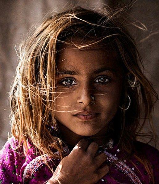 """ღ """"I am a princess. All girls are. Even if they live in tiny old attics. Even if they dress in rags. Even if they aren't pretty, or smart, or young. They're still princesses. All of us."""""""