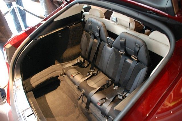 """Elon Musk shares tip on how to cool Tesla Model S 3rd row """"jump seats"""""""