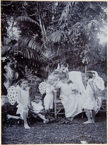 Indonesia ~ Life in the Dutch colony Dutch East Indies (Indonesia)