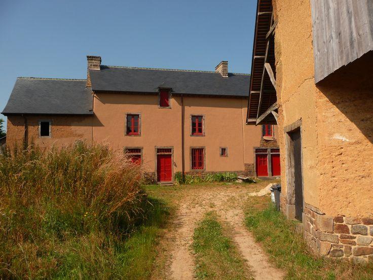 728 best Maisons terre crue et pisé (Cob Houses) images on Pinterest