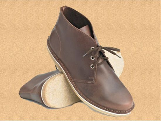 Style: Gibson Mens traditional desert boot Sizes: 6 -13 UK including Halves up to 10.5 UK Last: 8183 Colours and Soles: Cabana Leather with crepe sole & heel (matching stitching) Black Leather with crepe sole & heel (matching stitching)