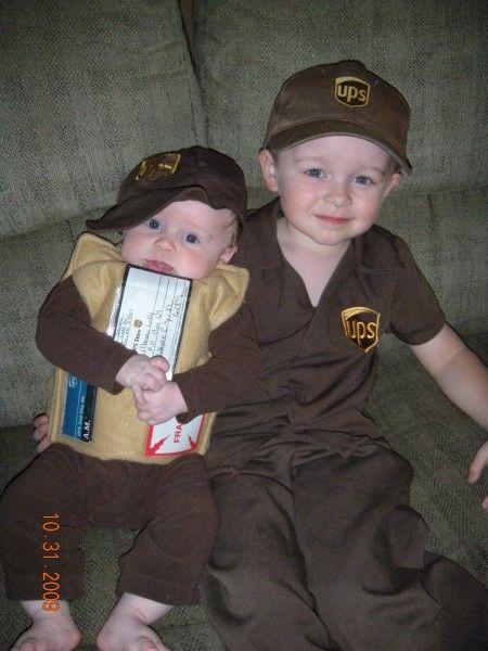 ups guy his package group costumeskid costumeshalloween - Ups Man Halloween Costume