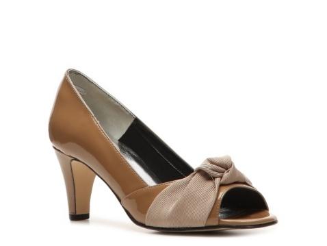 Ros Hommerson San Jose Pump: Pumps Heels, Comfy Shoes, Heels Woman, Ros Hommerson San Jose Pumps, Pumps Comforter, Woman Shoes, 12 Shoes, Beige I Heels, Beigey Heels