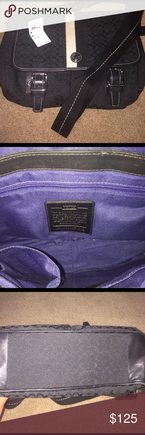 ⭐️ Coach Messenger bag Like new Coach Messenger Bag. Coach Bags Crossbody Bags