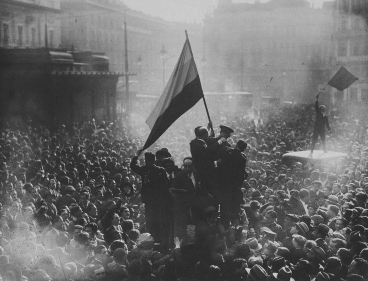 Proclamación de la II República Española, 14 de abril de 1931, por Alfonso Sánchez Portela.