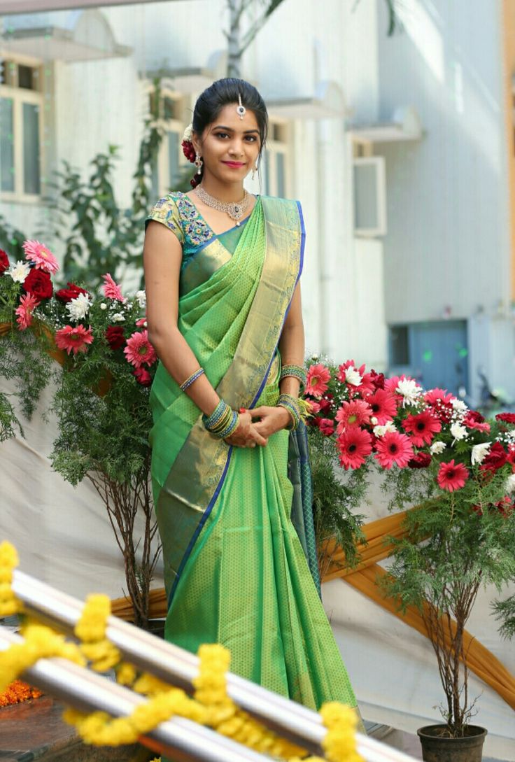 Simple Aesthetic Pattu Saree Blouse Designs Saree Look