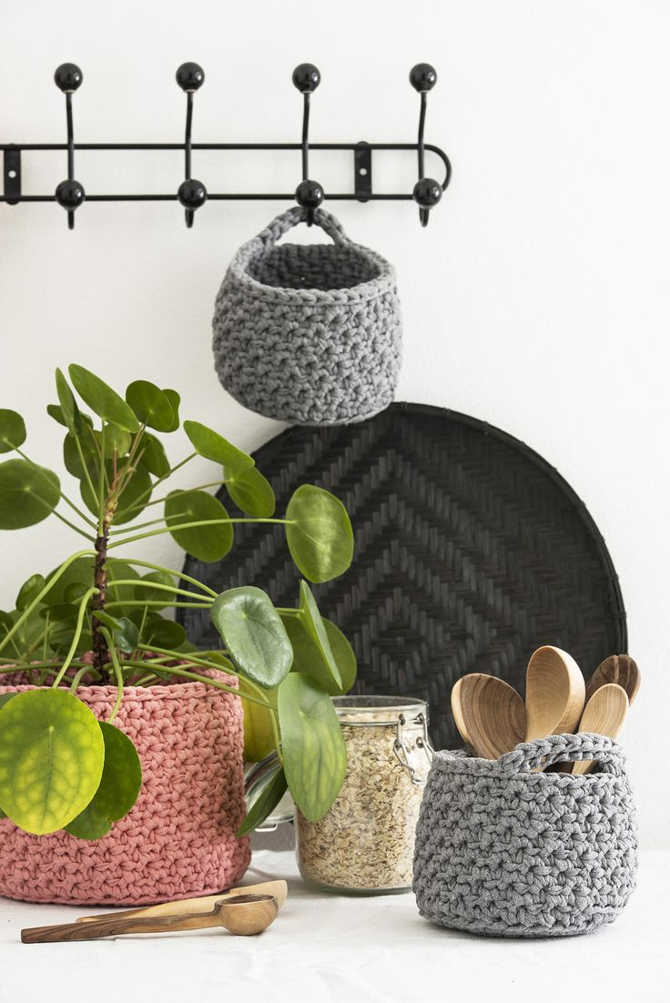 Virkatut säilytyskorit Novita Eco Tube | Novita knits