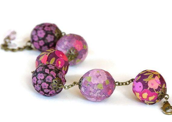 Bracciale tessile regolabile libertà viola e rosa, bracciale tessile, braccialetto in tessuto, bracciale Liberty, Liberty perle, gioielli di Liberty