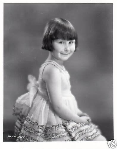 20 migliori immagini di Mary Ann Jackson su Pinterest Jackson-8852