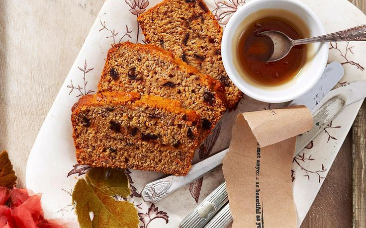 Naturally sweet and perfectly fluffy, prepare this golden date, carrot and honey loaf for your family and friends. Enjoy your loaf warm, sliced and with a cup of tea any time of the day.