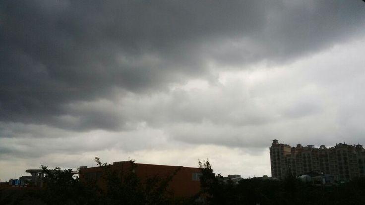 Langit diatas MOI..., sungguh gelap...! #selasa12jan16