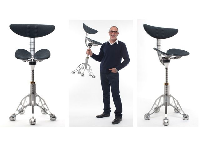 The FreedMan Chair - A better way to sit. by Simon Freedman — Kickstarter. Created by osteopath and inventor Simon Freedman; this is the only chair in the world designed to maintain your standing posture.