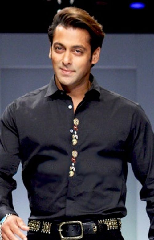 THE RICHEST HEROES OF BOLLYWOOD