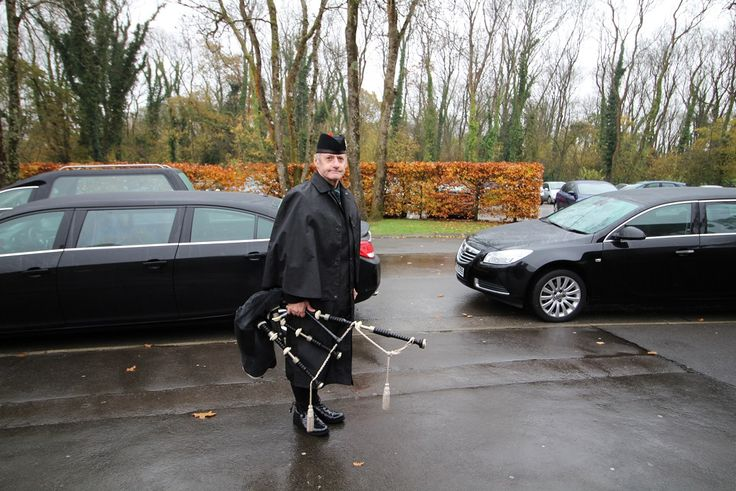 """Bagpiping a """"Celebration of Life"""" for the Funeral today of a Bridgend lady. The procession and playing started at the home address followed by the requested medley of upbeat tunes to reflect the family's wishes at Coychurch Crematorium  Our condolences to the family & many many mourners in attendance. #SouthWales #Funeralmusic #Bagpipes #Bridgend #Cardiff #NewportWales #Newport #Cowbridge #ValeofGlamorgan #Swansea"""