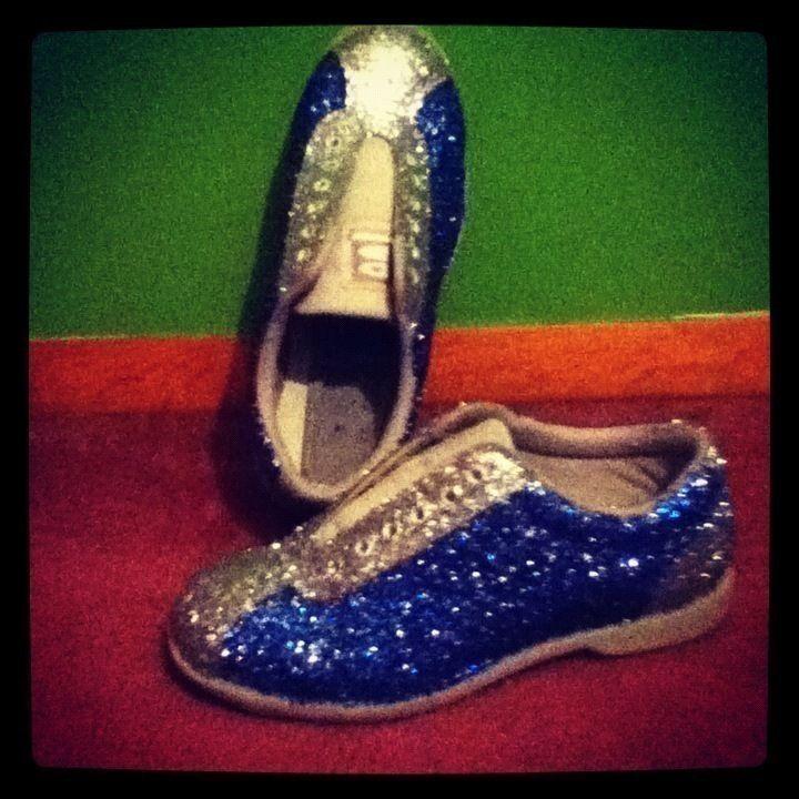 Glitterized Bowling Shoes! #DIY #costuming