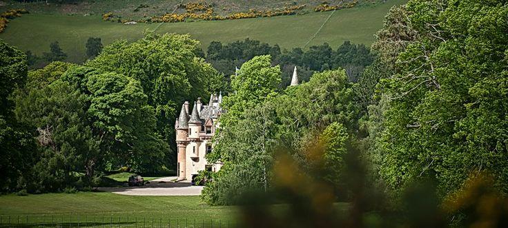 Aldourie Castle Loch Ness   Exclusive Use Castle Scotland UK   Highland Castle to Hire