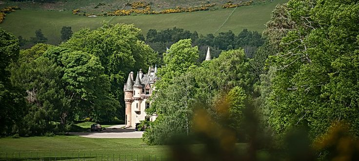 Aldourie Castle Loch Ness | Exclusive Use Castle Scotland UK | Highland Castle to Hire