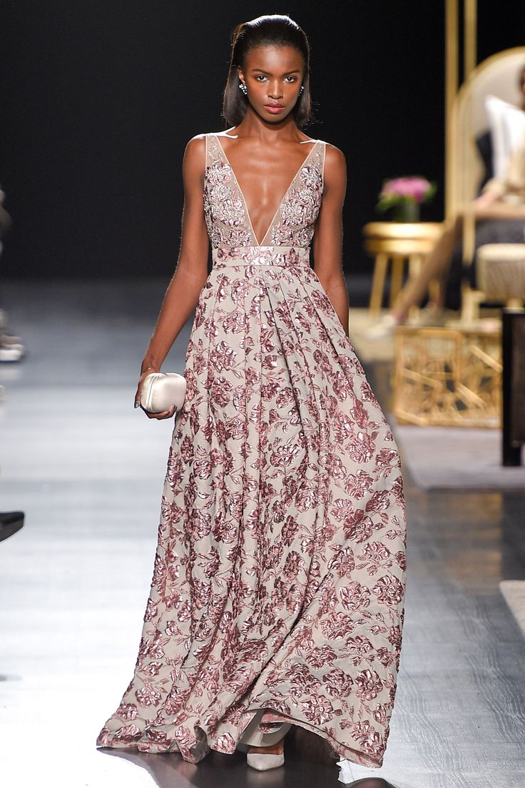 Badgley Mischka Fall 2017 RTW: Feminine and Sweet! I like the floral embroidered on this gown!