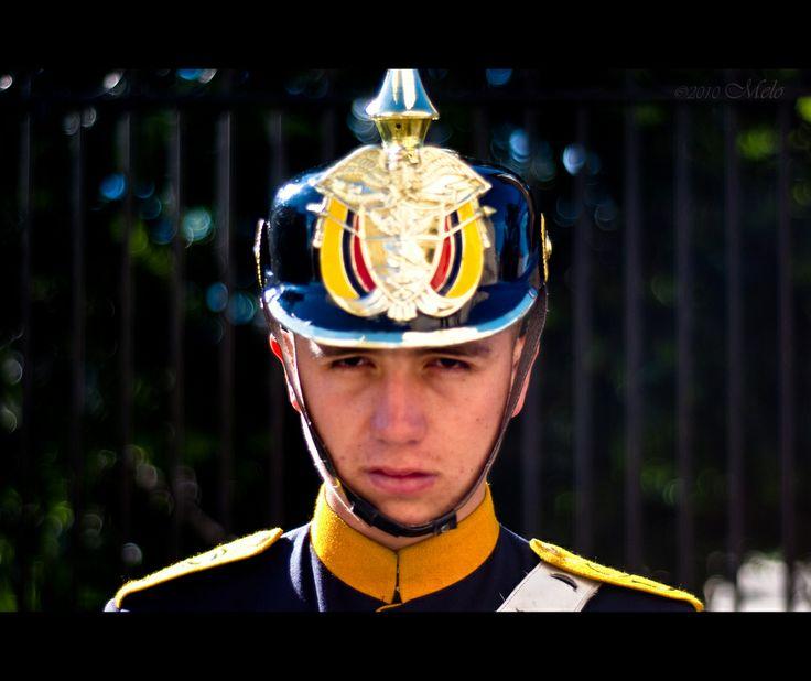 2/100. John, Presidential Guard