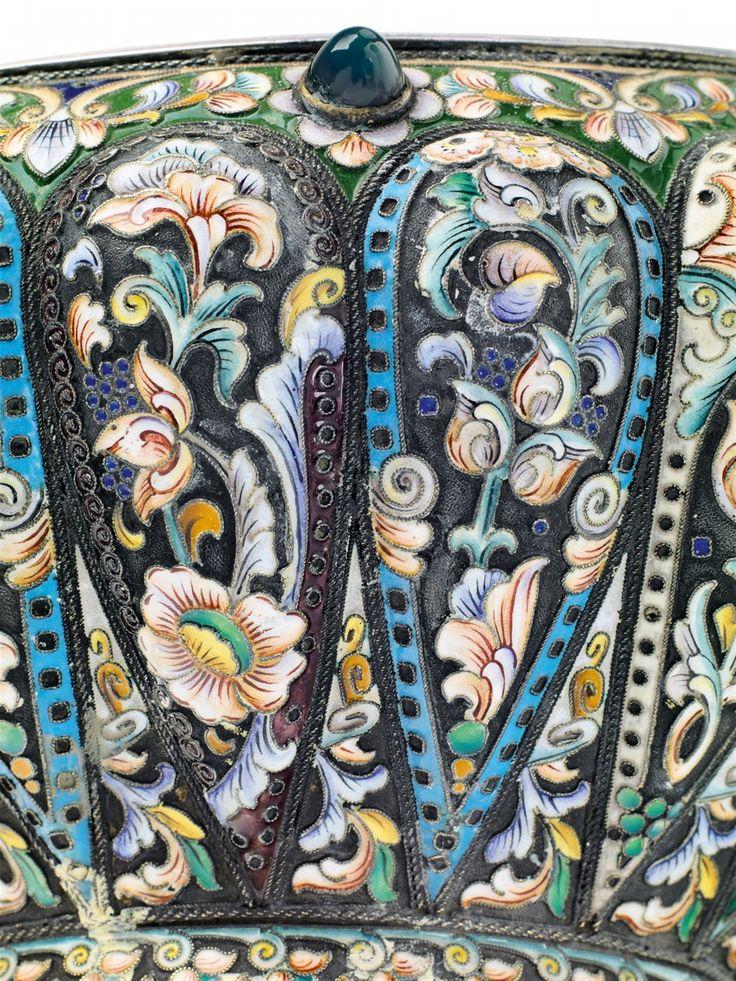 Konstantin Skvortsov, Marks of Konstantin Skvortsov, Moscow, 1908-1917.A large silver and cloisonné enamel kovsh, Auction 1066 Decorative Arts, Lot 1079 #lempertz #silver #artdeco #art #artauction #cologne
