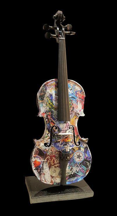 Violon, collage sur violon, 50 cm de haut