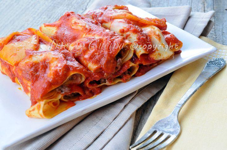 #Cannelloni ripieni di carne e ricotta con peperoni