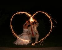 great sparkler idea for wedding picture