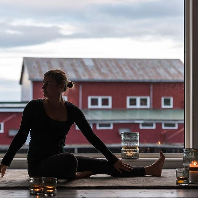 Relax- it's friday. Come join us for a active stay, www.hattvikalodge.no We're…