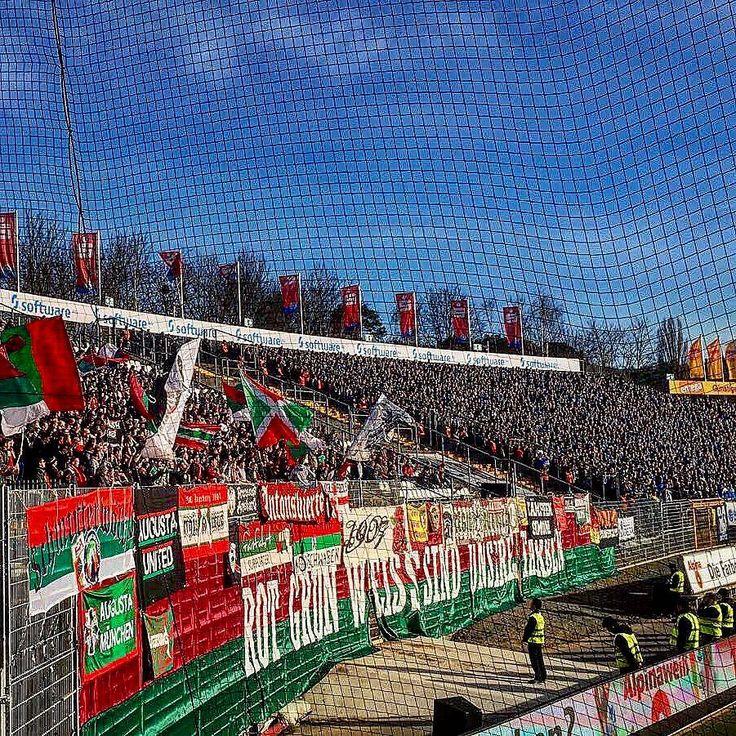 Geile Gästefans heute!!!  . . #fcaugsburg #FCA #darmstadt98  #d98fca #abstiegskampf #bundesliga #auswärtssieg
