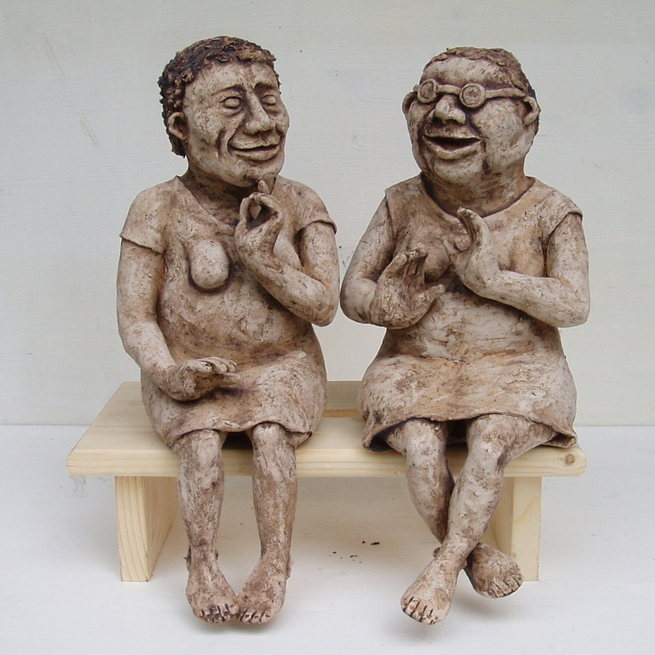 Mary and Jane, ceramic sculpture Michaela Stejskalova