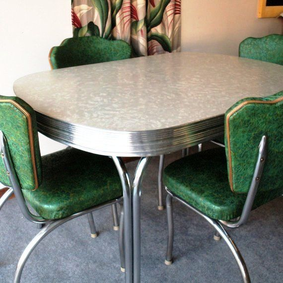 Chrome Kitchen Table Setting We Had A Seting Like This Vintage Kitchen Table Retro Kitchen Tables Vintage Dining Room