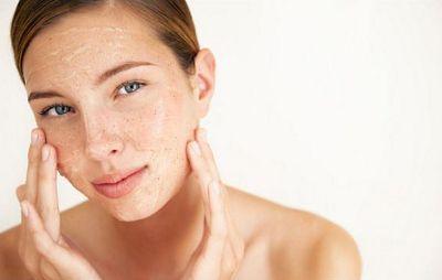 Prepara un exfoliante facial casero con aceite de argán