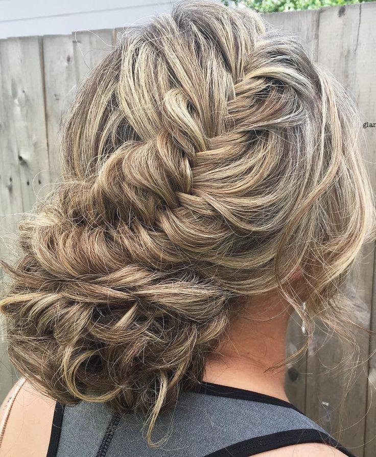 glambytoriebliss long wedding hairstyles 4_cr - Deer Pearl Flowers / http://www.deerpearlflowers.com/wedding-hairstyle-inspiration/glambytoriebliss-long-wedding-hairstyles-4_cr/