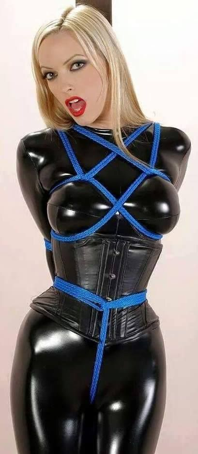 girls xxx latex Sexy