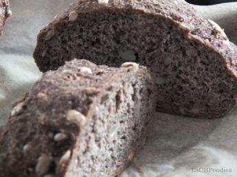 Ein Rezept für ein low carb Brot mit Leinmehl statt Weizenmehl. Es eignet sich als Brotersatz im Rahmen einer LCHF- und kohlenhydratearmen Ernährung.
